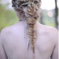 Peinados para novia e invitadas: Las trenzas están de moda