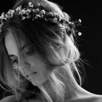 Corona de flores para la novia