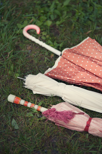 Paraguas de colores para la boda