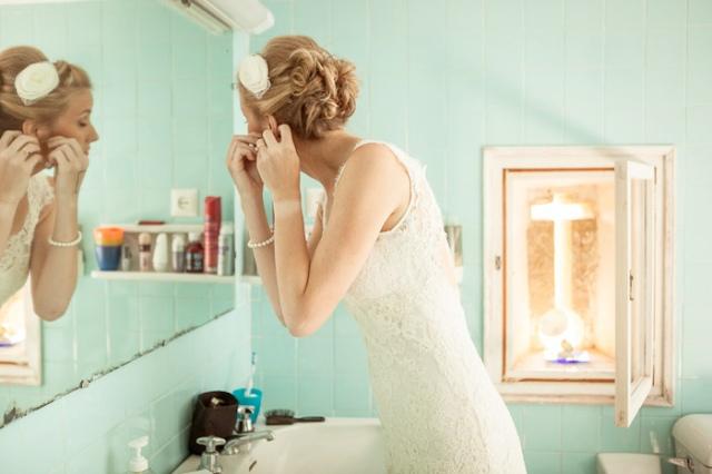 La novia arreglándose