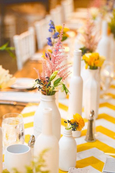 boda en amarillo blanco y azul 2
