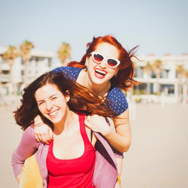 13 Sesion preboda en la playa chicas Paula G Furio