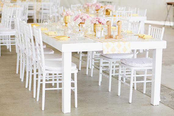 14 decoración mesas boda blnaco rosa dorado