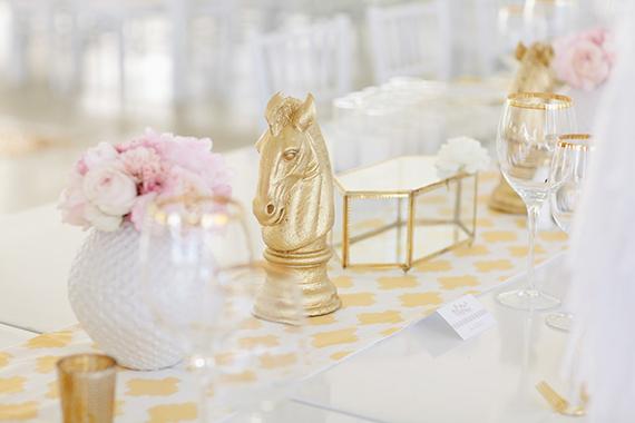 15 decoración mesas boda blnaco rosa dorado