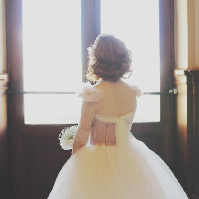 15  Boda en Tarragona Blanco y Caramelo  espalda vestido de novia