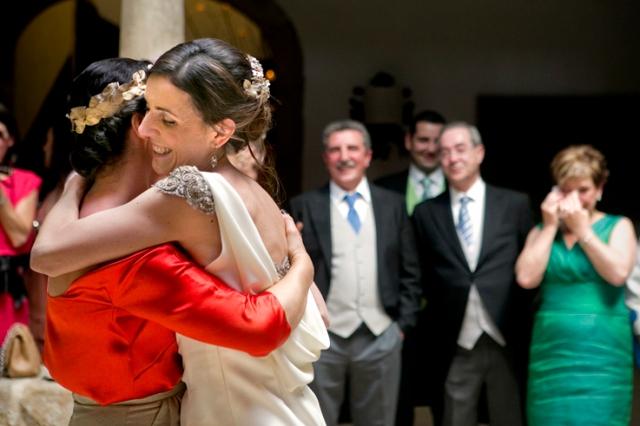 Fotografia boda mercedes blanco novia elegante (10)