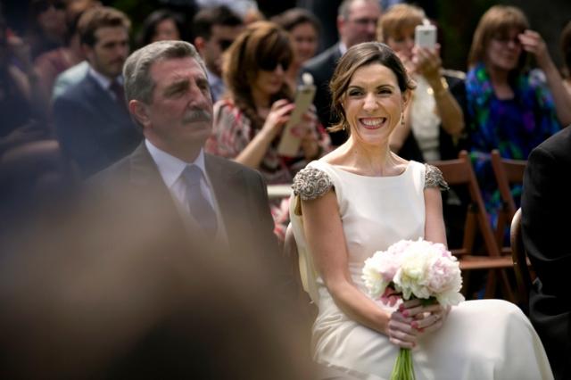 Fotografia boda mercedes blanco novia elegante (7)