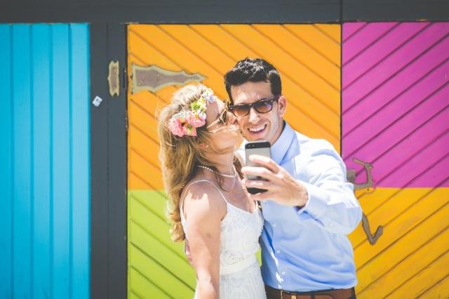 boda costa mar playa novia corona novio pajarita (20)