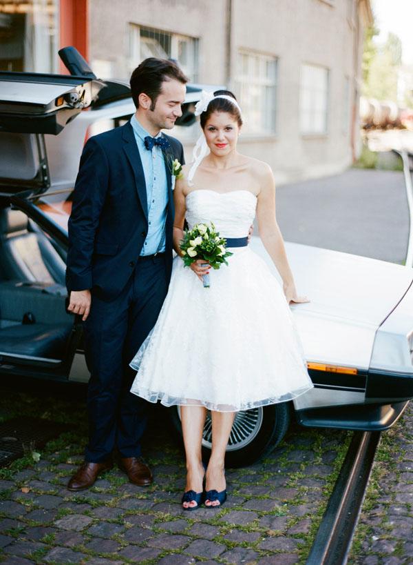 fotos boda analogicas boda azul y blanco novia vestido corto (12)