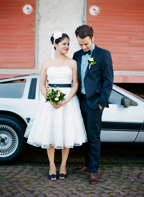 fotos boda analogicas boda azul y blanco novia vestido corto (15)