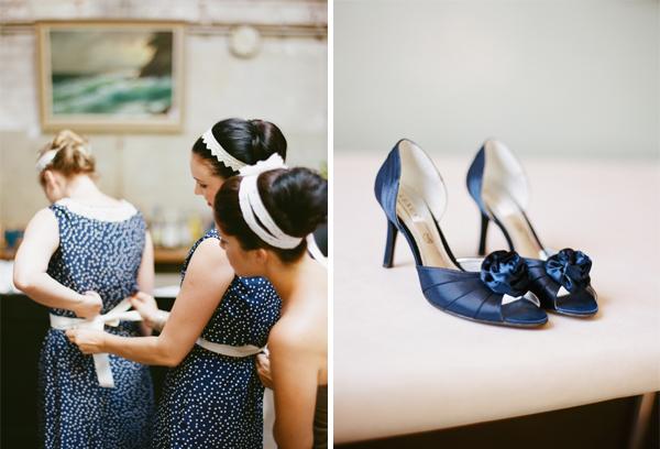 fotos boda analogicas boda azul y blanco novia vestido corto (3)