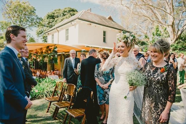 boda novia corona flores maxi australia vestidoajustado sirena encaje (37)