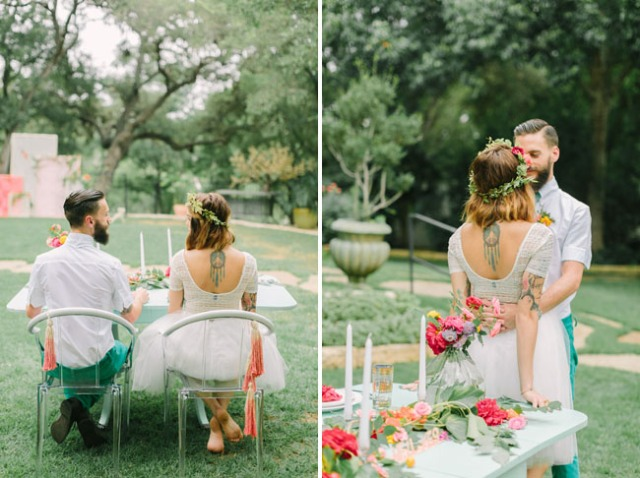 boda romántica bohemia novia vestido corto novio con barba (25)